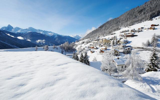 Image of Snow Experiences
